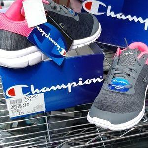 Champion Kids Sneakers size 2 1/2